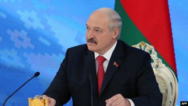 Беларусь президенті Александр Лукашенко журналистермен кездесуде. Минск, 3 ақпан 2017 жыл.