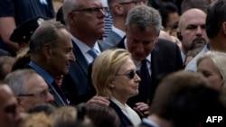Хиллари Клинтон, Билл Де Блазио (справа) во время президентской кампании