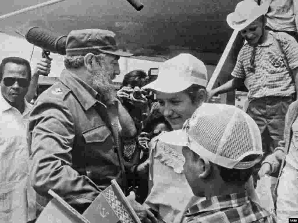 Встреча детей из Чернобыля, прибывающих на Кубу для лечения, 1991 год