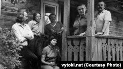 Беларускія мастакі ў гасьцях у Ларысы Геніюш