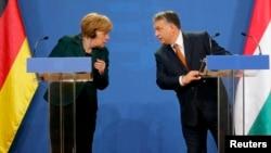 Angela Merkel şi Viktor Orban, la Budapesta, 2 februarie 2015