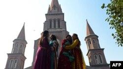 Лахордағы кафедралдық шіркеу. Пәкістан, 25 желтоқсан 2013 жыл. (Көрнекі сурет)