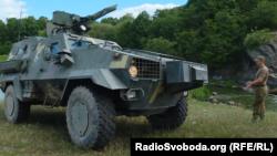 Український бронетранспортер «Дозор»