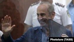 Роберт Кочарян в ереванском суде, 17 сентября 2019 г.