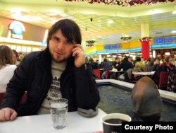 В США Муса Ломаев пока слетать не решается