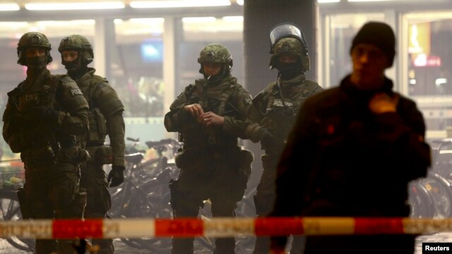 German police secure the main train station in Munich on January 1.