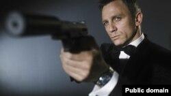 Дэниель Крейг в роли агента 007