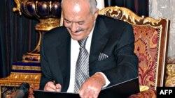Jеменскиот претседател во заминување Али Абдула Салех.