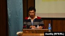 Эмраһ Бакышлы, Төркиядә кырымтатар активисты һәм архитектор