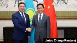 Аскар Мамин на казахстано-китайских переговорах.