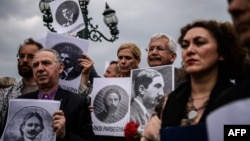 Թուրքիա - Հայոց ցեղասպանության զոհերի հիշատակին նվիրված միջոցառումը Ստամբուլի Թյունել հրապարակում, 24-ը ապրիլի, 2016թ․