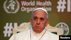 Ֆրանցիսկոս պապը ՄԱԿ-ի Պարենի և գյուղատնտեսության կազմակերպության գրասենյակում խորհրդաժողովի ժամանակ, Հռոմ, 20-ը նոյեմբերի, 2014թ․