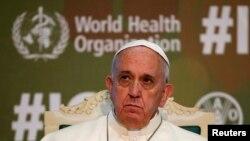 Papa Françesku, gjatë konferencës në Romë, të enjten, më 20 nëntor.