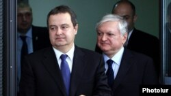 Armenia - Armenian Foreign Minister Edward Nalbandian (R) and his Serbian counterpart Ivica Dačić arrive at a joint press conference, Yerevan, 3Jun2015.