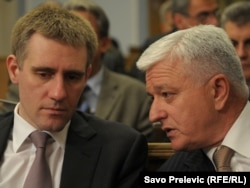 Igor Lukšić i Duško Marković u Skupštini, 21. decembar 2011.