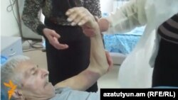 Armenia - Mamikon Khojoyan, a 77-year-old villager detained and later freed by Azerbaijan, is treated at a hospital in Ijevan, 5Mar2014.