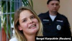 Одна з учасниць акції Вероніка Нікульшина у суді в Москві, 16 липня 2018 року