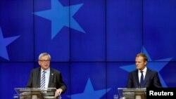 Главы Еврокомиссии и Европейского совета – Жан-Клод Юнкер и Дональд Туск (Брюссель, 29 июня 2016 года)