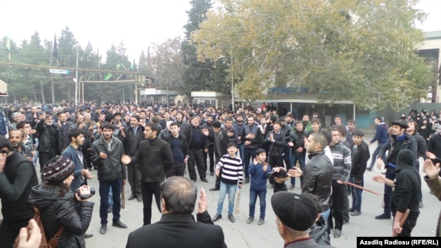 Protesters rally in Nardaran on November 26.