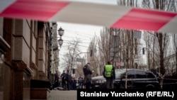 На месте убийства бывшего депутата Госдумы Дениса Вороненкова в Киеве