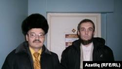 Рәфис Кашапов (сулда), Владимир Кауров