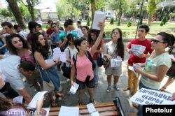 Ermənistanda nəqliyyatda gediş haqqının artırılmasına etirazlar, 20 iyul, 2013