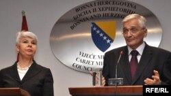Jadranka Kosor i Nikola Špirić na konferenciji za novinare nakon susreta u Sarajevu, Foto: Midhat Poturović