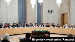 نشست مسکو میان برخی چهرههای سیاسی افغان و نمایندهگان طالبان Source: Evgenia Novozhenina (Reuters)