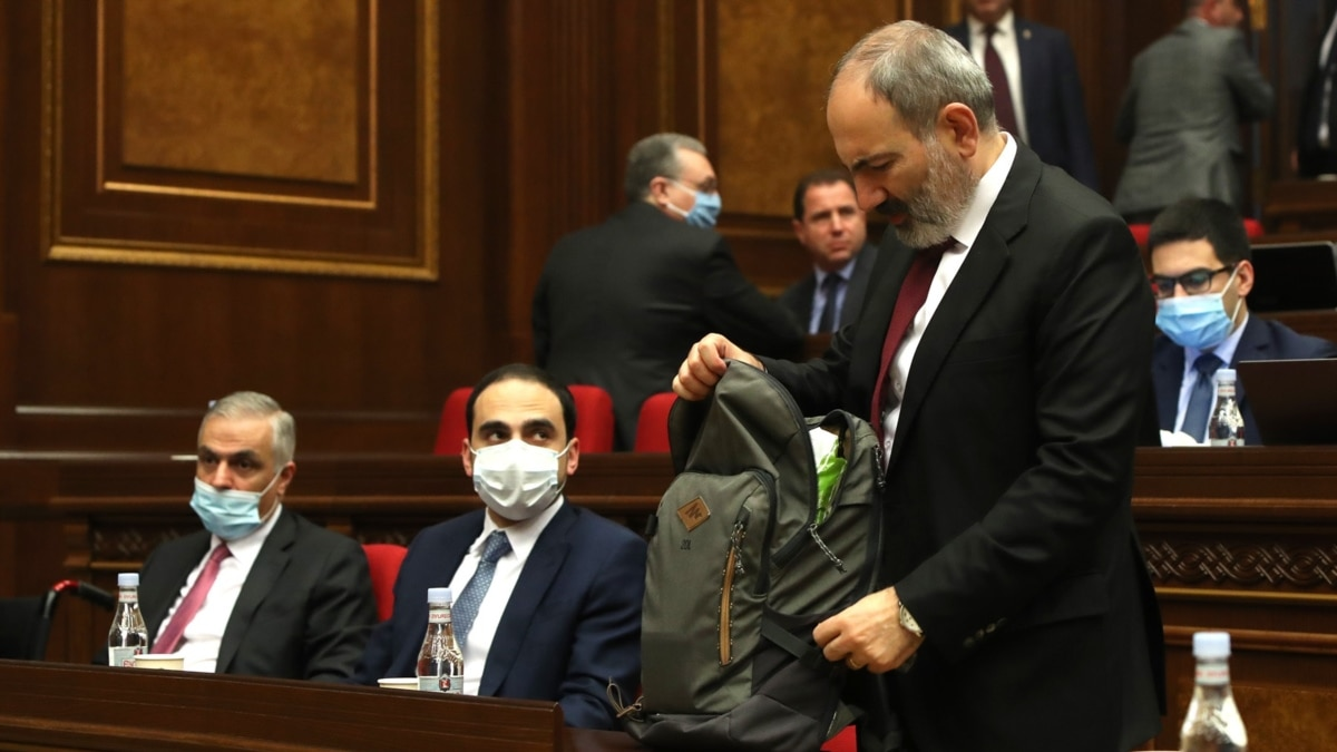 COVID-19: Armenian Government Approves Extending State Of Emergency