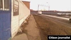 Маҳбус Зайниддин Раҳимовни Омск колониясидан олиб чиқиб кетган микроавтобус