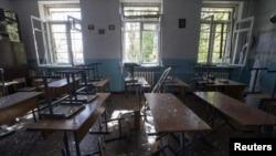 Приміщення одного із класів школи №57 у Донецьку після обстрілу, 1 жовтня 2014 року