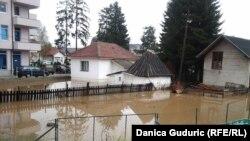 Poplavljena imanja, Sjenica