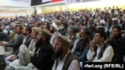 شماری از علمای افغانستان. عکس جنبه تزئینی دارد.
