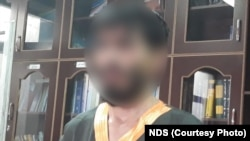 عید محمد عضو کلیدی داعش که از سوی نیروهای امنیت ملی افغانستان در کابل دستگیر شد.