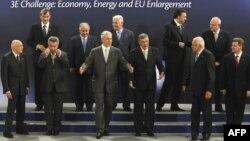 Архивска фотографија: Самит на претседателите на државите од Централна и Источна Европа во Нови Сад на 19 јуни 2009 година.