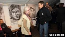 """Варвара Даревская на выставке """"Немцов мост"""""""