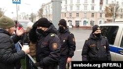 Сотрудники белорусской полиции