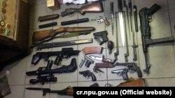 Сховище зі зброєю і наркотиками в Миколаївській області