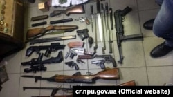 Хранилище с оружием и наркотиками в Николаевской области