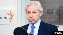 Генри Резник