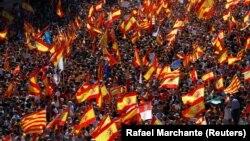 """Протестите организирани од групата против каталонската независниост """"Societat Civil Catalana."""