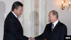 Vladimir Putin Viktor Yanukoviçi qəbul edir, 9 oktyabr 2007