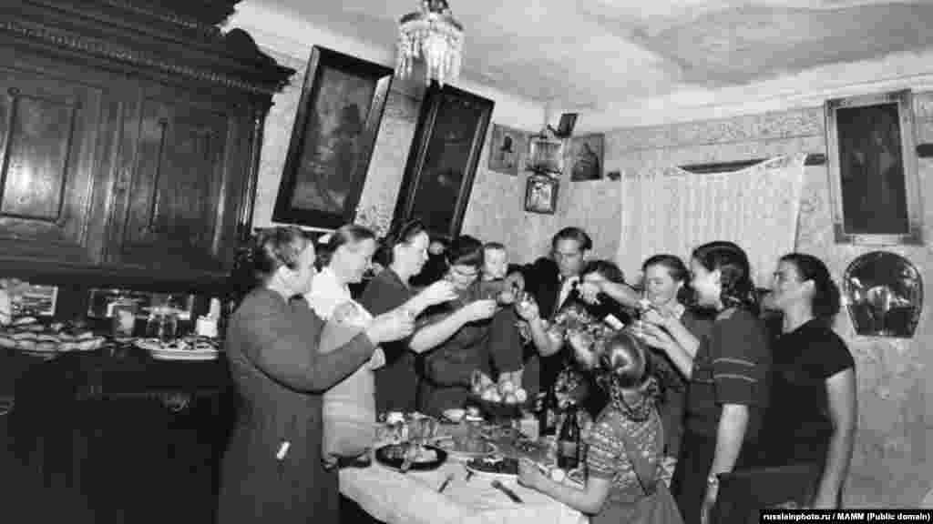 Встреча нового 1947 года в старой московской квартире