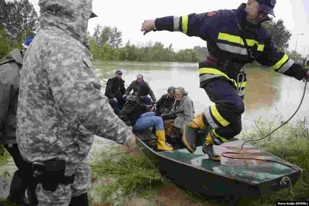A rescue effort in Obrenovac, Serbia