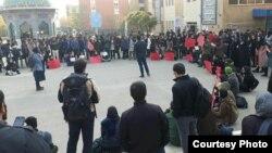 تجمع دانشجویان دانشگاه علامه طباطبایی تهران به مناسبت روز دانشجو، ۱۶ آذر.