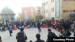Students gathered in Allameh Tabatabai University in Tehran on December 4, to protest pressures by judicial and security organs.