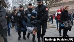 The Bosnian government hasn't said why it's pushing the legislation, but critics say it was likely prompted by heated demonstrations over the suspicious death of a student, David Dragicevic. (file photo)