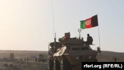 Afghan troops fight Taliban militants in Samangan. (file photo)