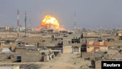 Мосулдың Ирак әскері мен жихадшылар шайқасып жатқан бөлігіндегі жарылыс. 1 наурыз 2017 жыл.