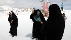 زن در اسلام؛ آراسته به کرامت یا پیچیده در محدودیت